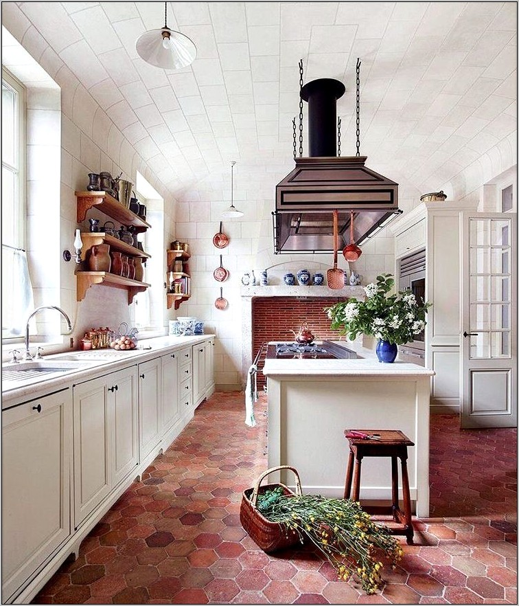 French Chateau Kitchen Decor