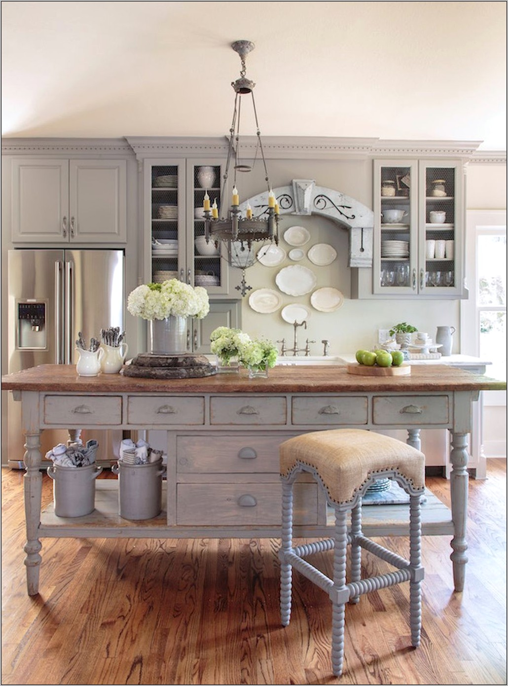 French Country Kitchen Island Decor