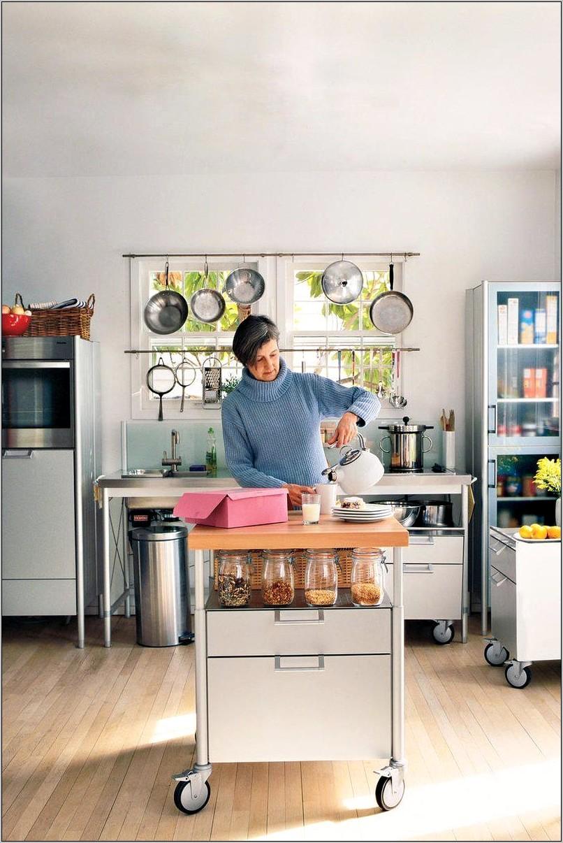 Functional Kitchen Island Decor