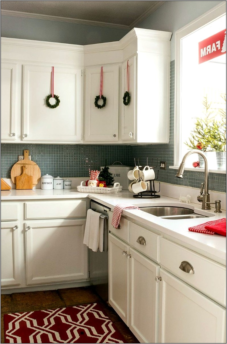 Galley Style Kitchen Decorating Ideas