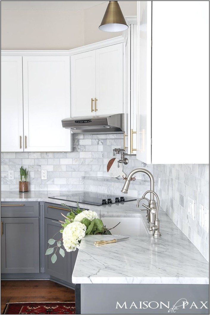Gray And White Kitchen Decorating