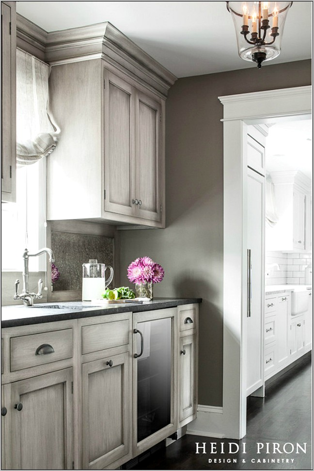 Gray Kitchen Decorating Ideas