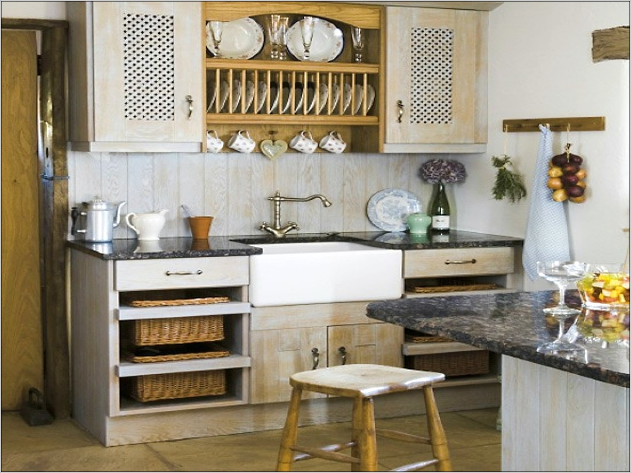 Home Decor With Kitchen Wares