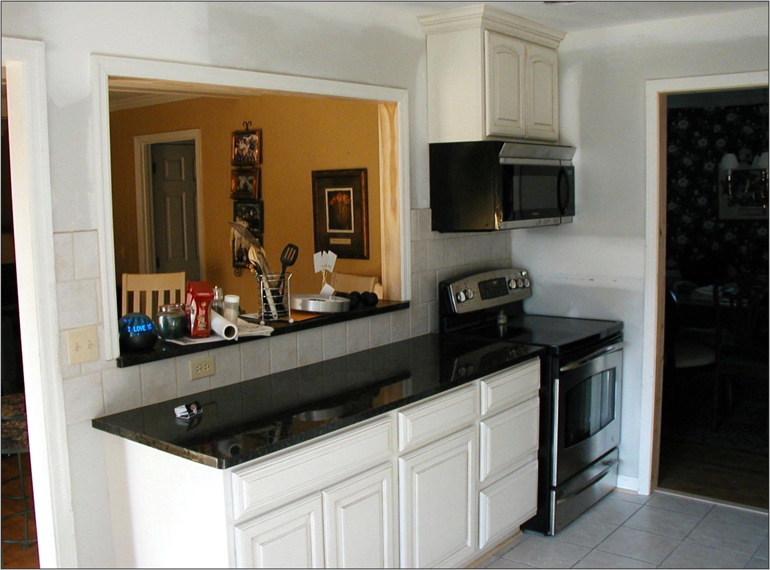 Ideas For Decorating Kitchen Countertops With Passthrough