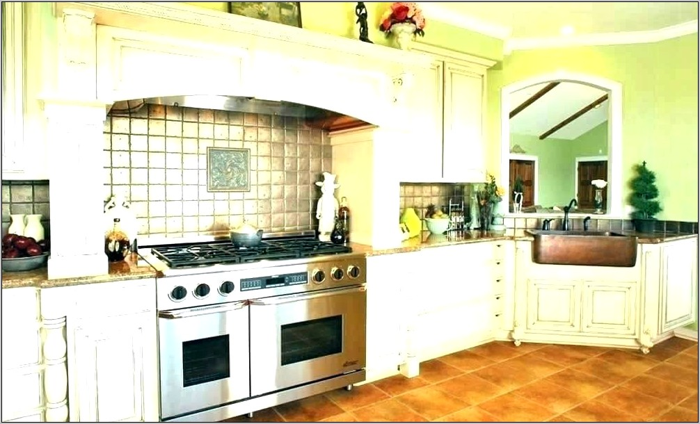 Kitchen Cabinets Decorated With Plates