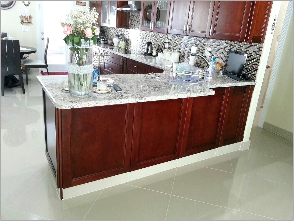Kitchen Cabinets With Decorative Doors