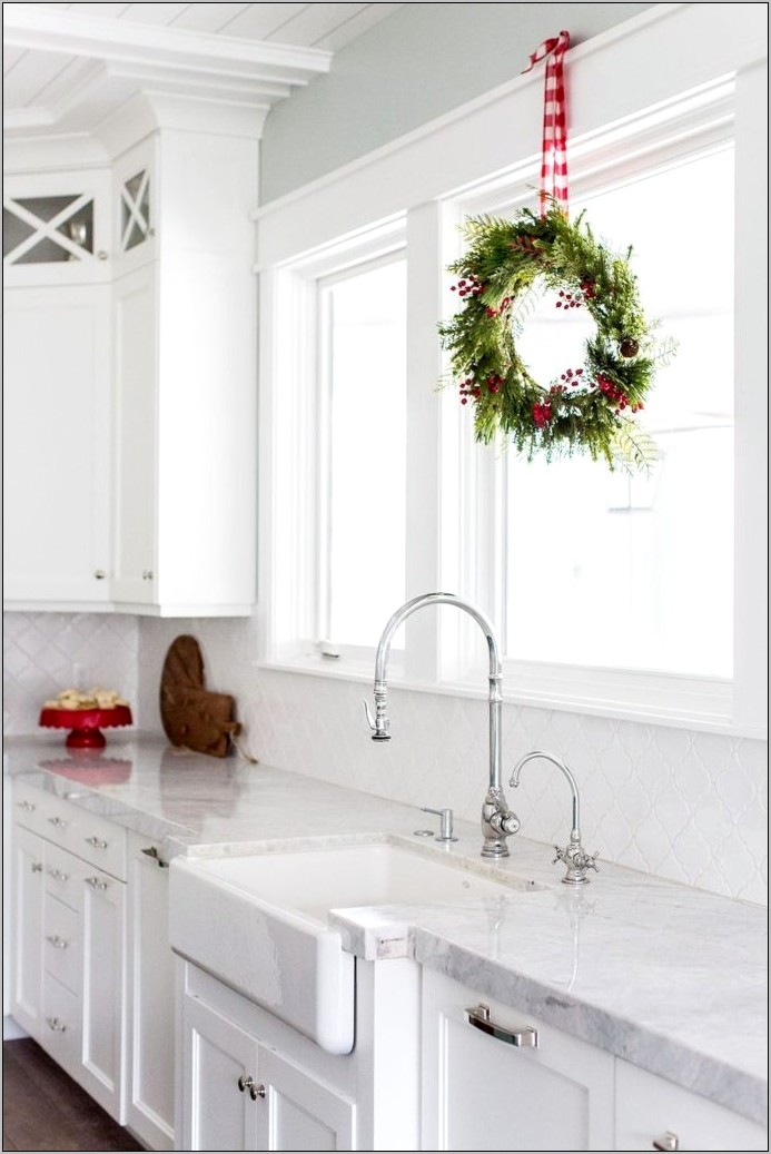 Kitchen Christmas Decor Images