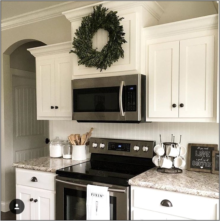 Kitchen Decor Above Stove