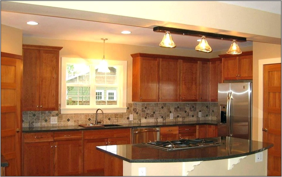 Kitchen Decor With Light Cabinets