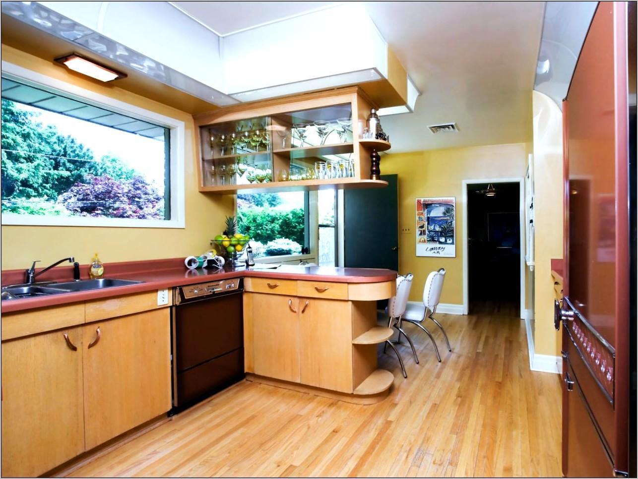 Kitchen Decorating With Mid Century Modern Furniture