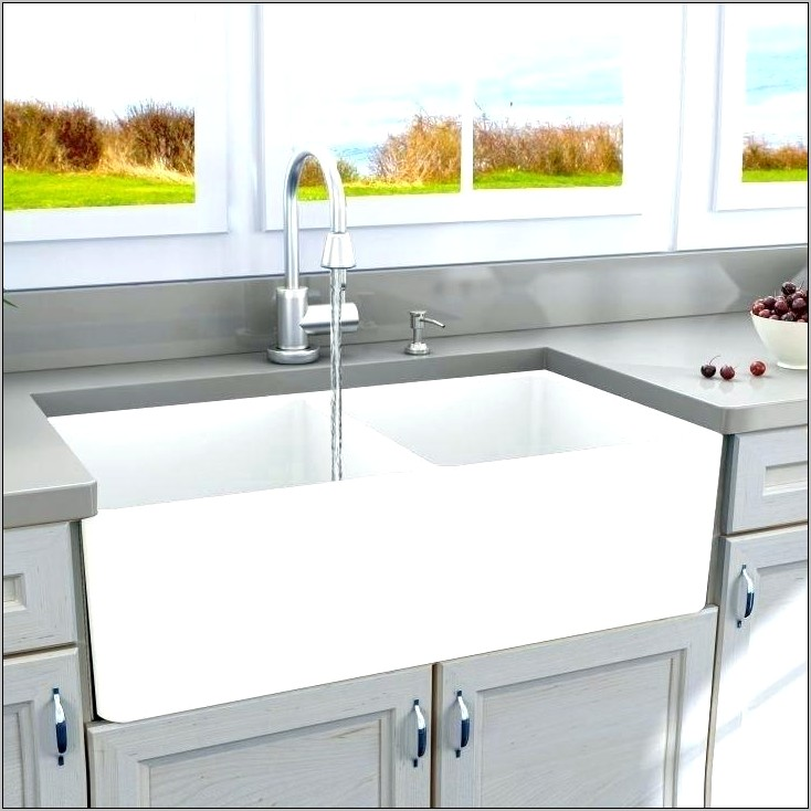 Kitchen Farmhouse Sink With Decorative Front