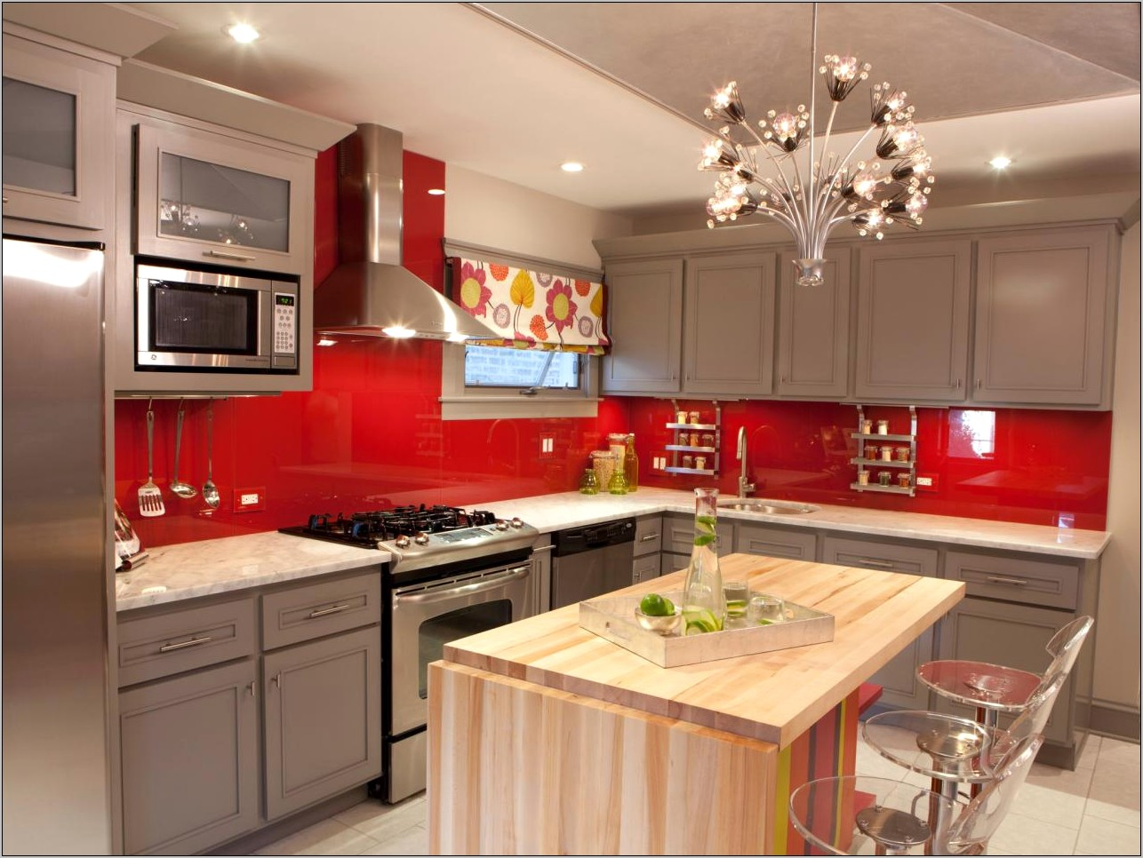 Kitchen Gray Walls Blue White Red Decor