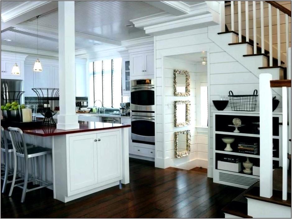 Kitchen Island Decorative Columns