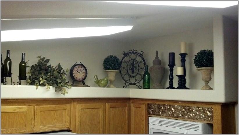 Kitchen Ledge Decorating Ideas