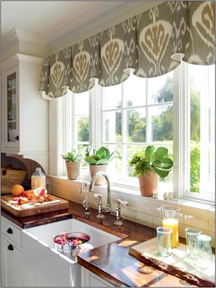 Kitchen Windowsill Decor Ideas