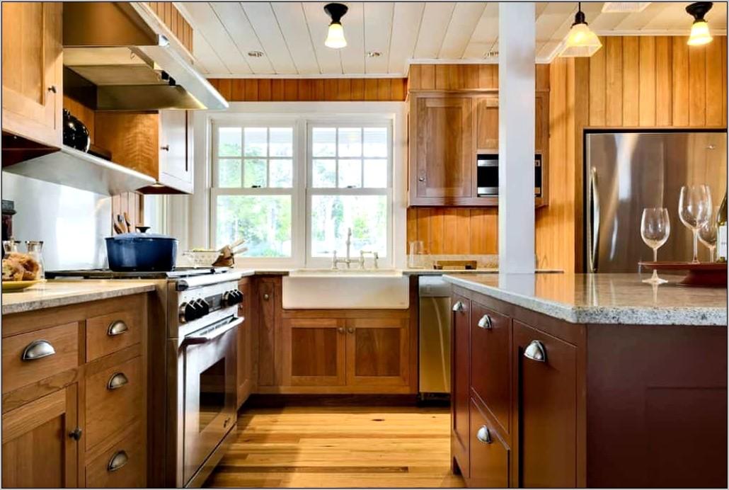 Kitchen With Decorative Knobs