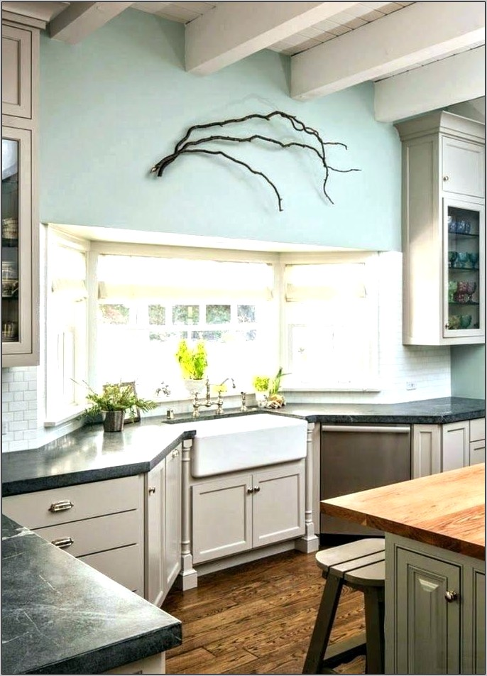 Kitchens With Bay Windows Decorating
