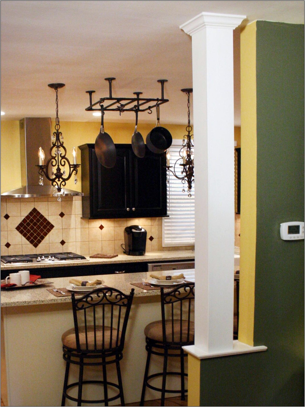 Kitchens With Decorative Columns