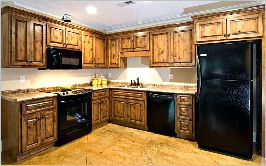 Knotty Alder Kitchen Decorations