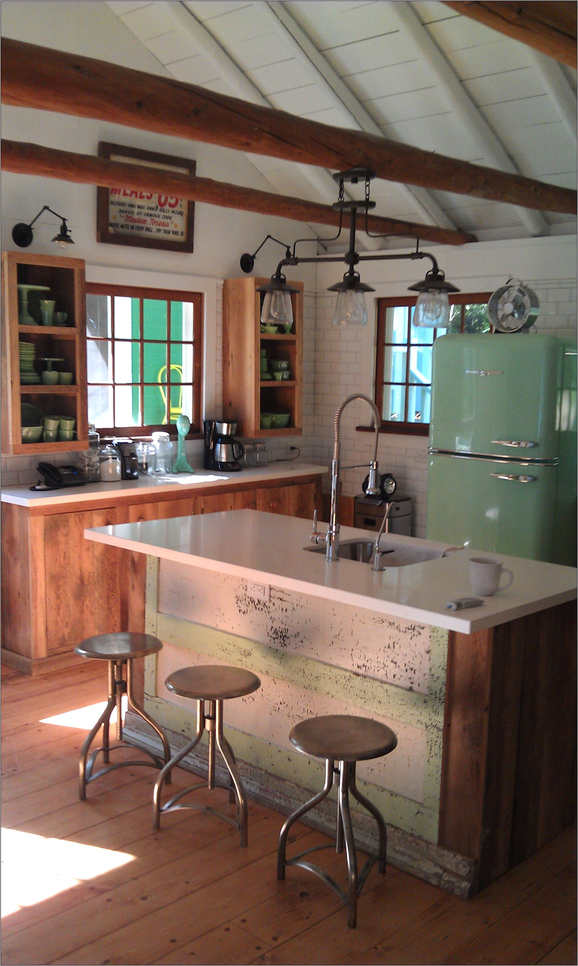 Lake Cabin Kitchen Decor