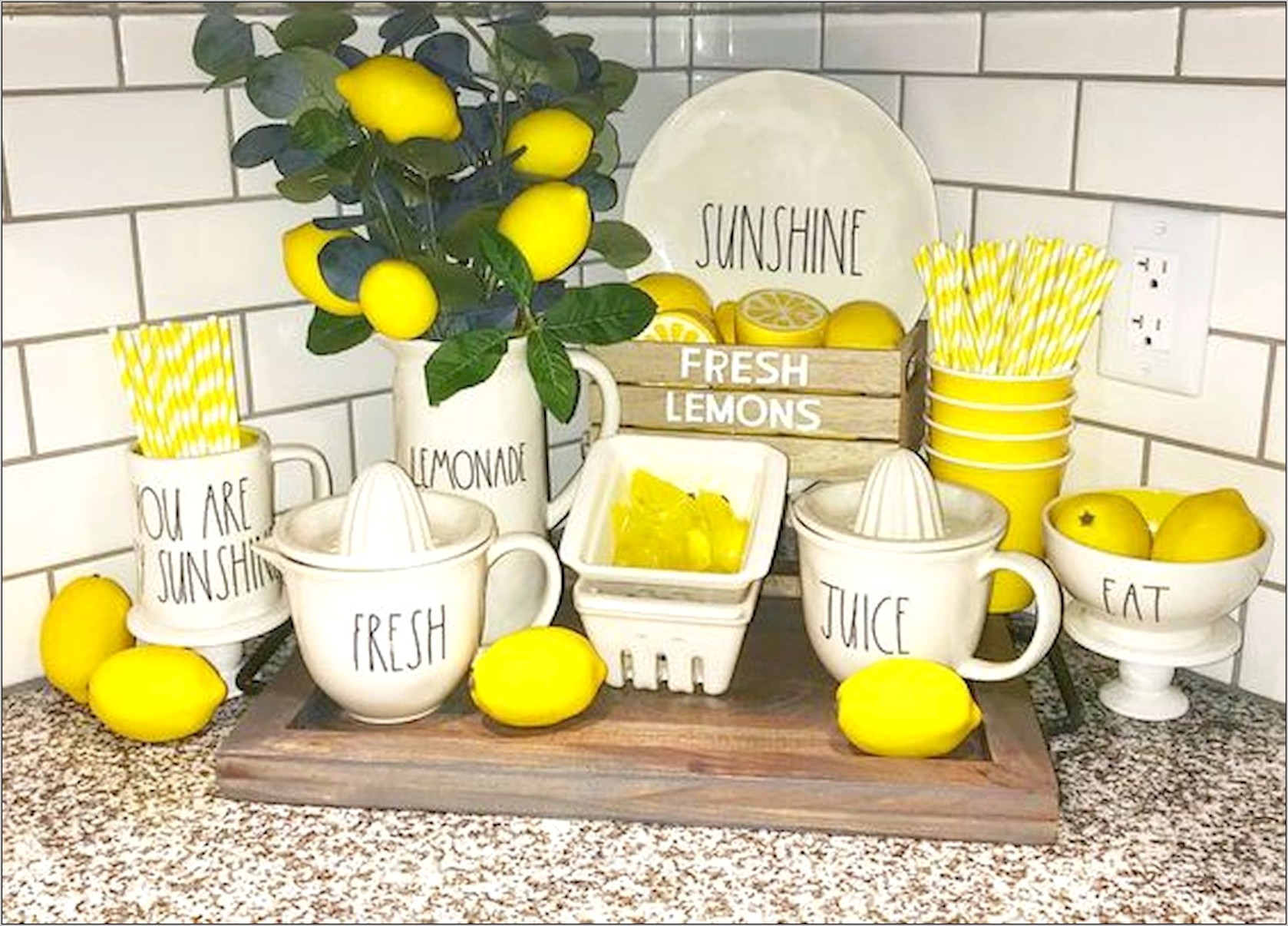 Lemon Farmhouse Kitchen Decor