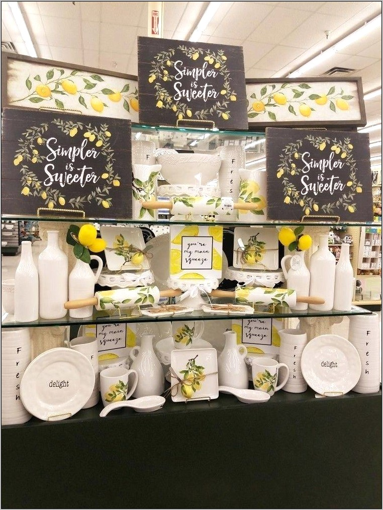Lemon Themed Kitchen Decor