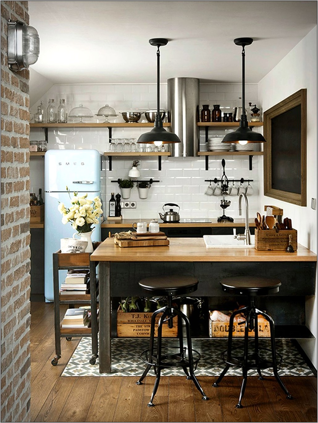 Modern Industrial Kitchen Decor