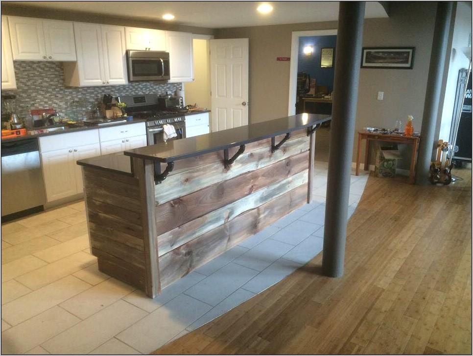 Modern Themed Kitchen Decor