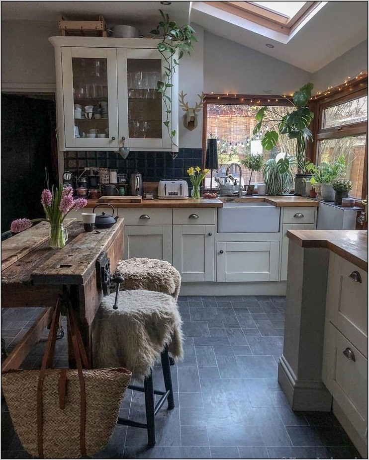 Natural And Cozy Kitchen Decor Ideas