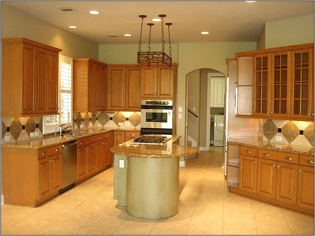 Oak Kitchen Cabinet Decorating Ideas