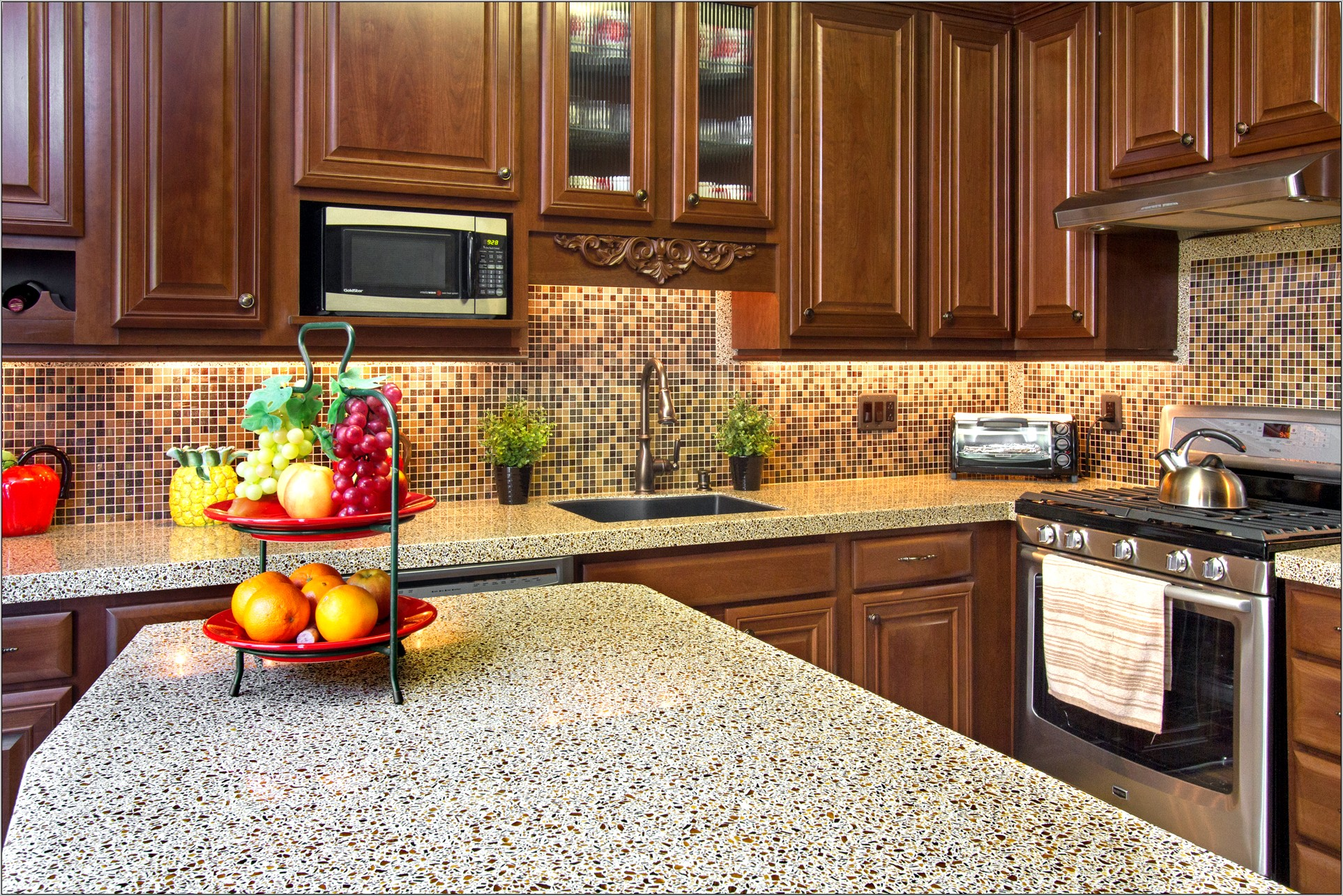 Pictures Of Kitchen Countertops Decorated