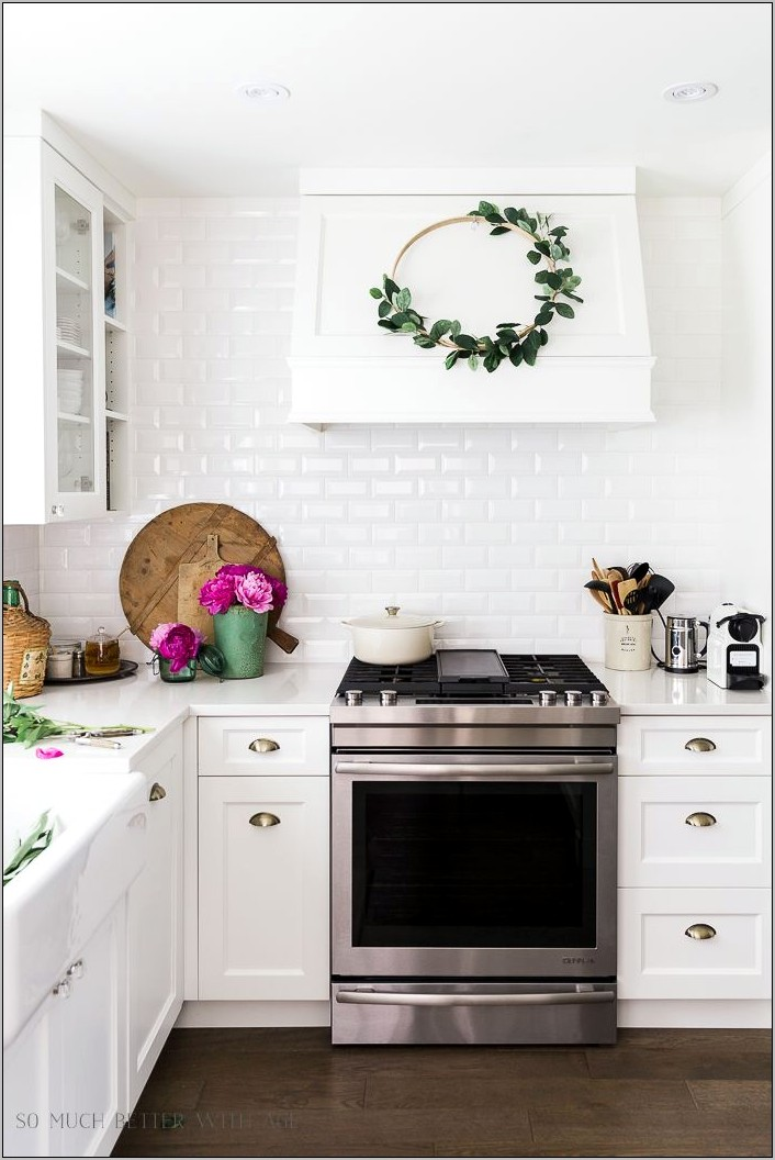 Pink And Green Kitchen Decor