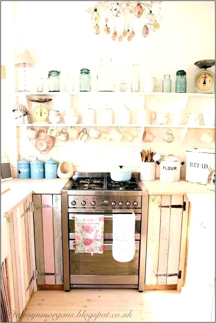 Pink Pig Kitchen Decor