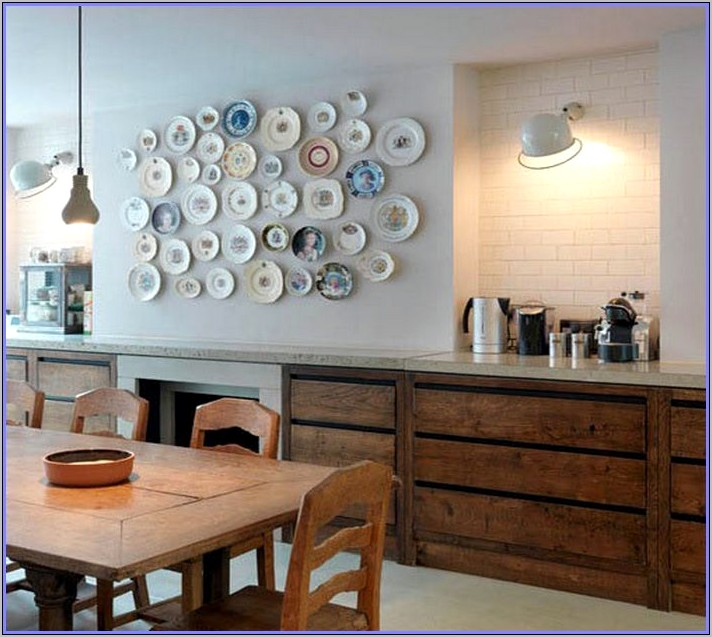 Plates To Decorate Walls In Kitchen