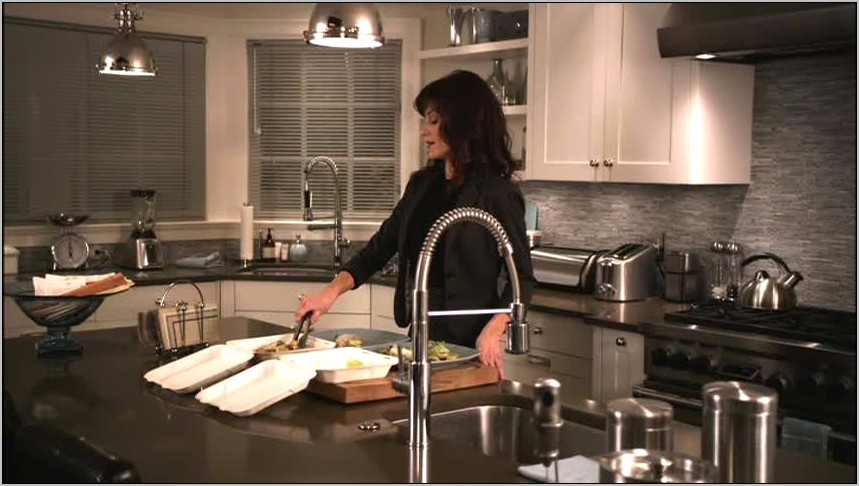 Pretty Little Liars Hannas Kitchen Decor