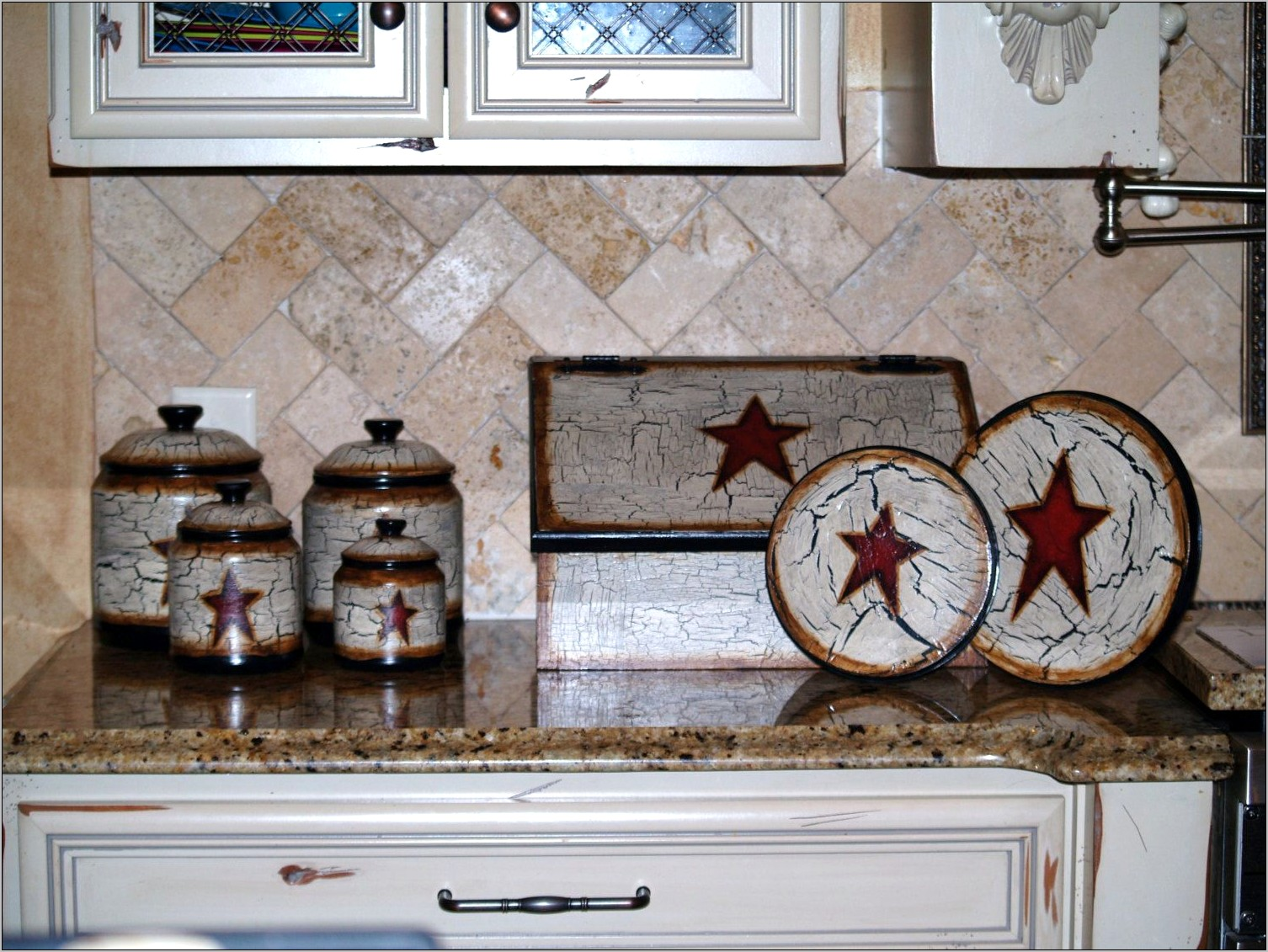Primitive Star Kitchen Decor
