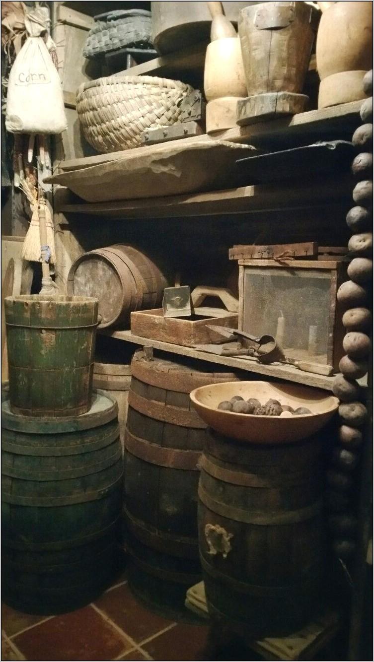 Rustic Tavern Style Kitchen Decor