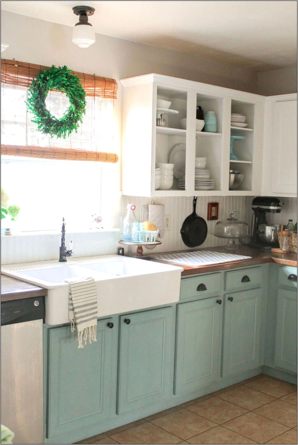 Simple Small Kitchen Decor