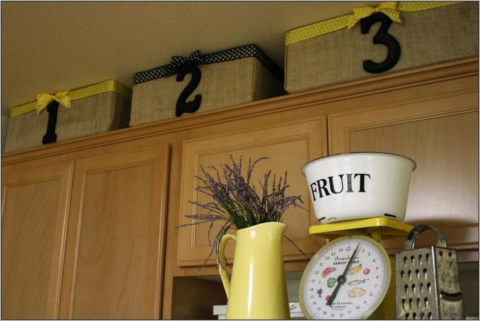 Using Baskets To Decorate Kitchen