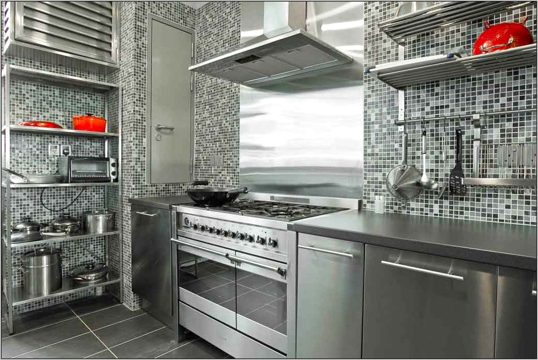 Using Metal In Kitchen For Decor