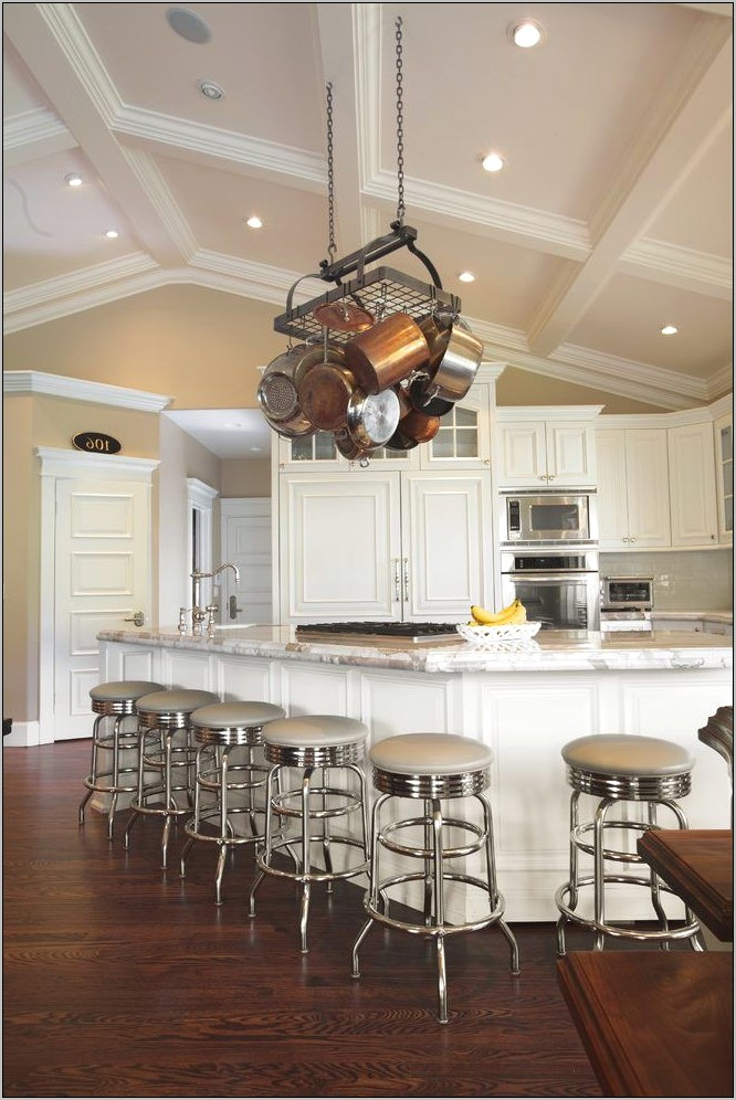 Vaulted Kitchen Decor Ideas