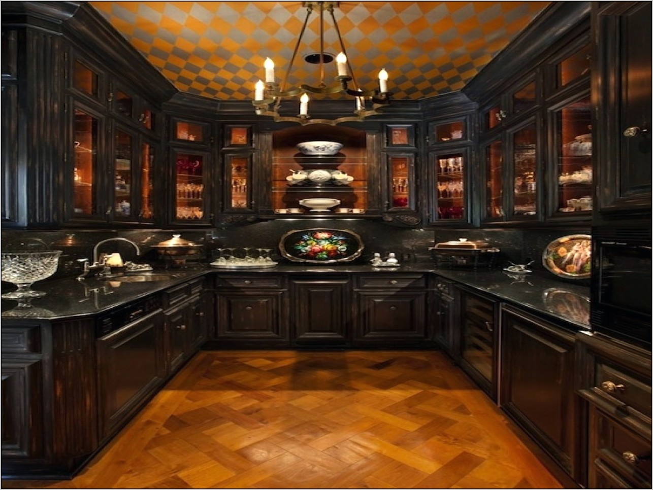 Victorian Style Kitchen Decor