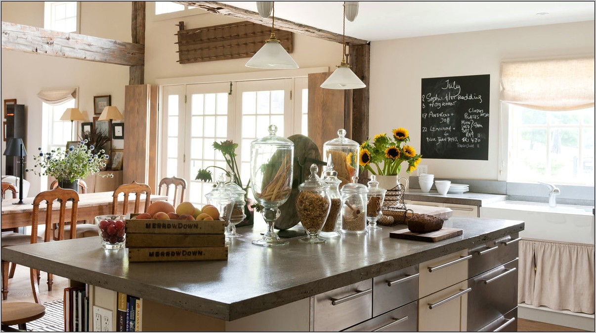 Warm And Cozy Natural Kitchen Decorating Ideas