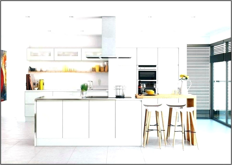 White High Gloss Kitchen Decorating Ideas