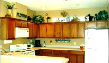 White Kitchen Cabinet Top Decor