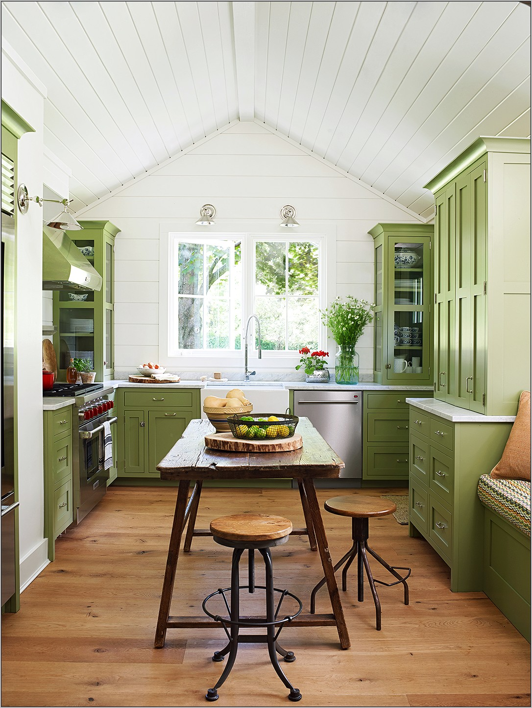 Yellow Farmhouse Vintage Kitchen Decor Ideas