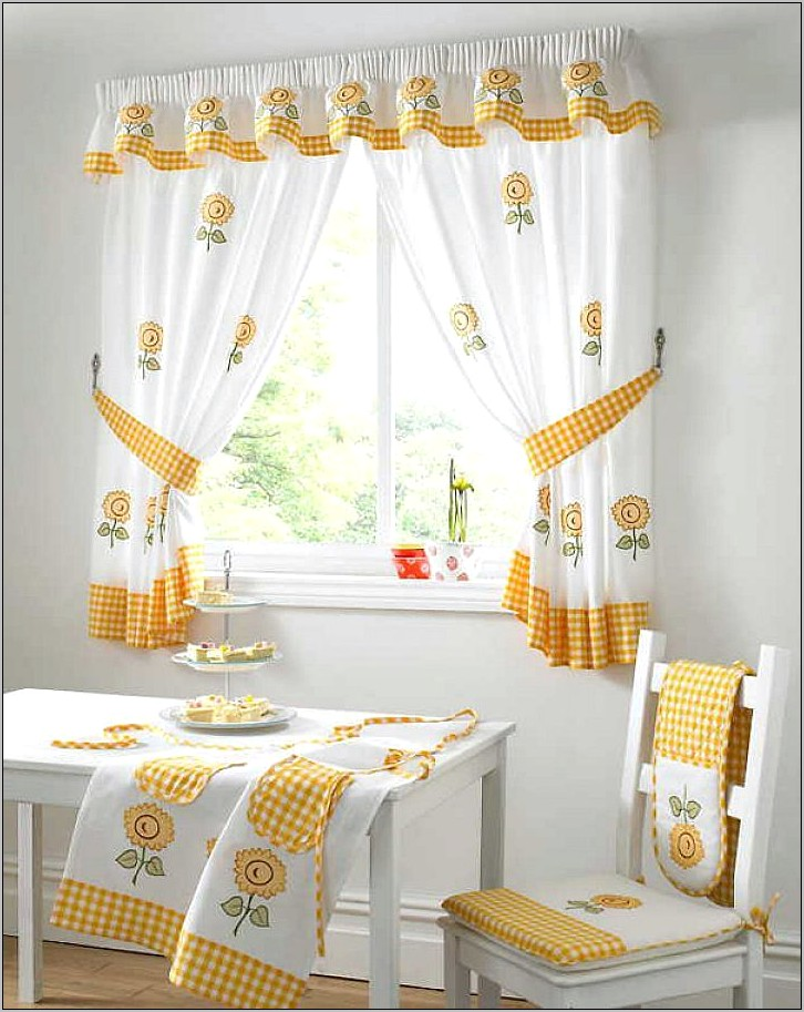 Yellow Kitchen Decor With Valance