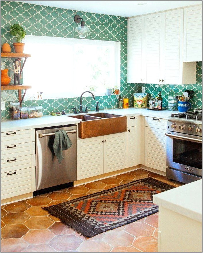 Yellow Small Kitchen Decor Ideas