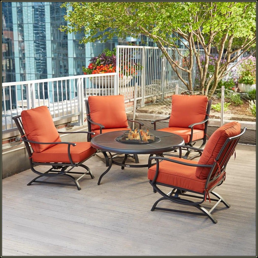 4 Chair Patio Set With Fire Pit
