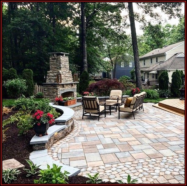 Backyard Paver Patio Designs Pictures